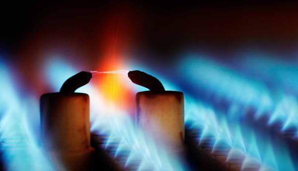 De Schouwveger stelt uw ketel en brander af.